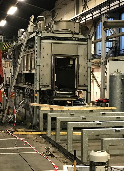 Grimmert-Recycling - Abbruch und Demontage |Abbau einer Industrie-Maschine