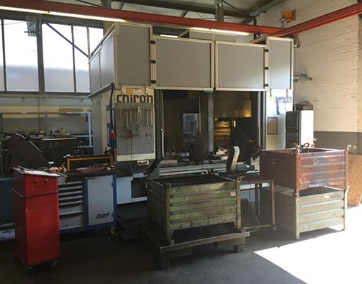 Grimmert-Recycling - Maschinentransport | Aufbau der Industriemaschine nach dem Transport