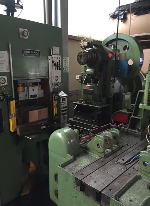 Grimmert-Recycling - Maschinentransport  Zerlegung und Transport von Industrieanlagen